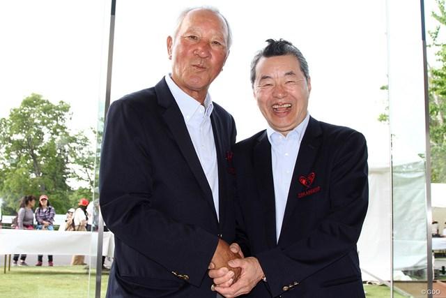 10年目をもって大会の歴史を閉じることを明かした青木功(左)と日野皓正さん