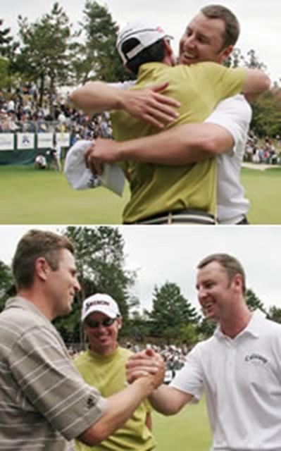 2006年 プレーヤーズラウンジ ブレンダン・ジョーンズ 下:パースキー(中央)とジョーンズ(右)。豪州勢の2週連続Vに刺激され、「僕も来週勝つよ」とシーハン(左)