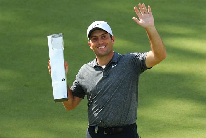フランチェスコ・モリナリが2季ぶりの優勝を遂げた( Warren Little/Getty Images) 2018年 BMW PGA選手権 最終日 フランチェスコ・モリナリ