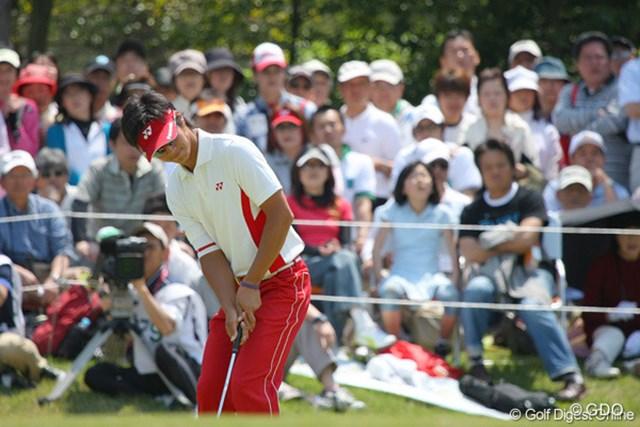 2010年 中日クラウンズ 最終日 石川遼 4mのバーディパットはカップをかすめる