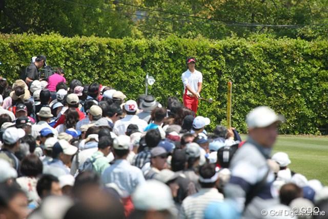 2010年 中日クラウンズ 最終日 石川遼 337ヤードと短い11番パー4もドライバーで攻める!