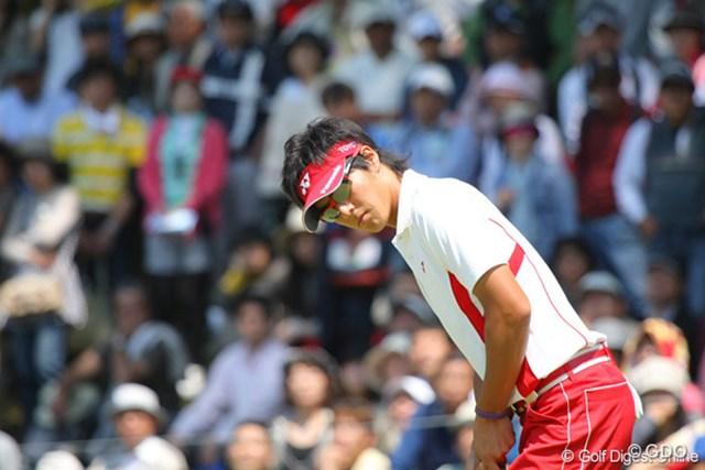 2010年 中日クラウンズ 最終日 石川遼 7番は2パットのパー。連続バーディは3で一旦ストップ