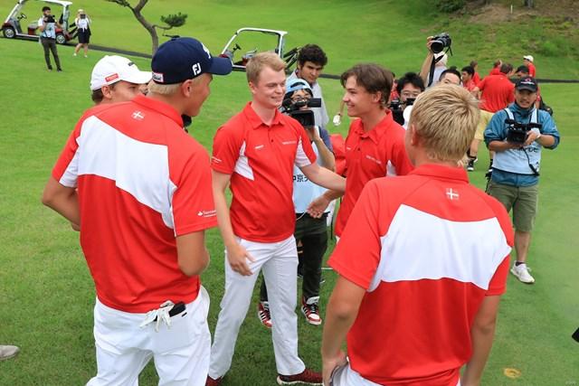 この日だけでスコアを10打伸ばしたデンマークが初優勝を飾った