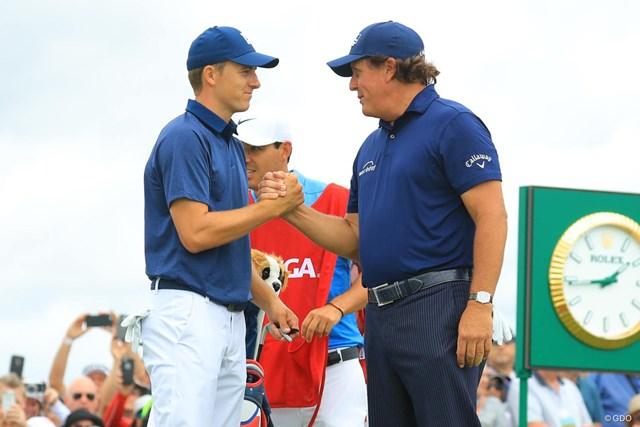 フィル・ミケルソン(右)のプレーに日本人選手たちは…(写真は2018年全米オープン)