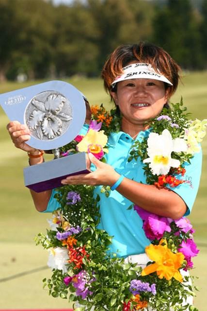 2006年 ダイキンオーキッドレディスゴルフトーナメント 最終日 西塚美希世 最終日にチャージをかけ見事初優勝を飾った西塚美希世