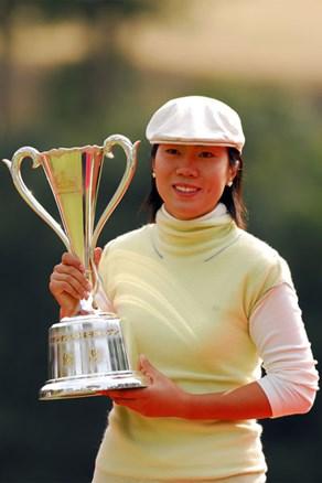 福嶋晃子とのプレーオフの末、李知姫が今季初優勝!横峯さくらは14位タイ