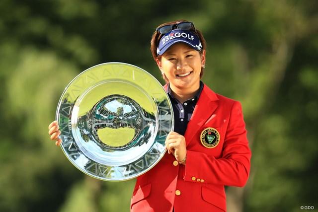 盤石のプレーで今季2勝目、ツアー通算10勝目を挙げた成田美寿々