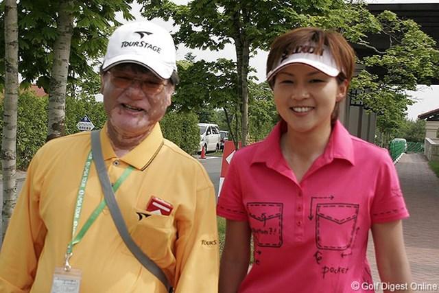 2006年 リゾートトラストレディス 初日 赤堀奈々 4アンダー2位タイスタートをきった赤堀奈々。師匠、宮里優さんの前で好スコアをマークした