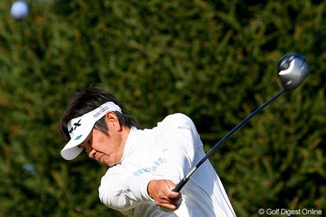 ツアー屈指の安定感を誇る藤田寛之。耐えるプレーが強いられる中で、やはり上位に名を連ねている