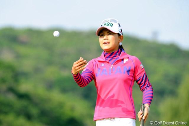 2009年 京楽日韓女子ゴルフ 最終日 横峯さくら 「2日間、プレー的には悪くなかった」という横峯。来年は更なる高みを目指す!