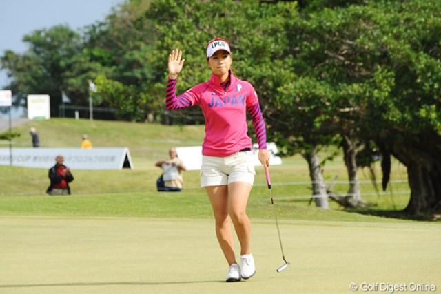 2009年 京楽日韓女子ゴルフ 最終日 上田桃子 頼もしい!日本チームを引っ張るように、爆発的なスコアを出した上田桃子
