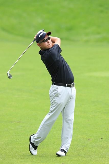 シニアデビュー戦の谷口徹が首位で大会を折り返した※日本ゴルフ協会提供