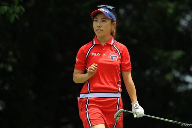 首位と1打差の6位発進した木村彩子。手作り練習場で腕を磨く日々