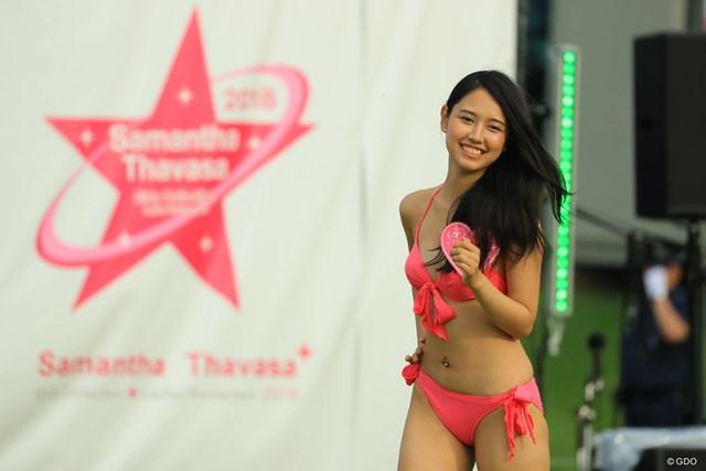 18人のモデル候補が大会を盛りあげました。
