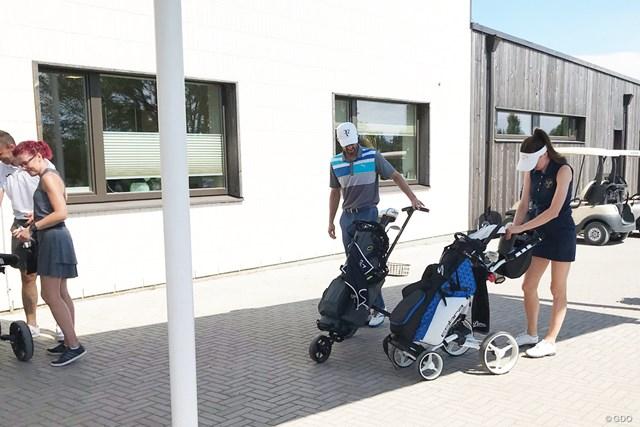 ゴルファーたち こんなスタイリッシュなゴルファーばかり。確かにかっこいい