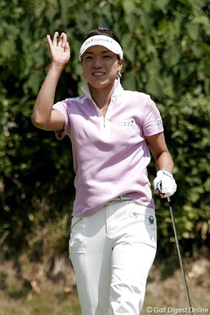 2006年 ヨネックスレディスゴルフトーナメント 2日目 大山志保 月間3勝という前代未聞の記録に挑戦する大山志保