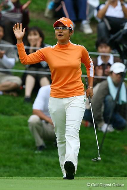 2006年 日本女子プロゴルフ選手権大会コニカミノルタ杯 3日目 宮里藍 最終18番でチップインバーディ!単独首位で最終日を迎える宮里藍