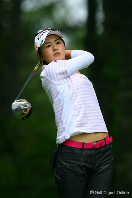 2006年 日本女子プロゴルフ選手権大会コニカミノルタ杯 3日目 諸見里しのぶ この日2アンダー!27位タイから8位タイに急浮上した諸見里しのぶ