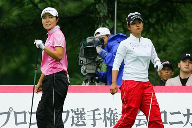 2006年 日本女子プロゴルフ選手権大会コニカミノルタ杯 最終日 辛ヒョンジュ 1番でバーディを奪い宮里に並んだ辛ヒョンジュだが、最後は振り切られてしまった