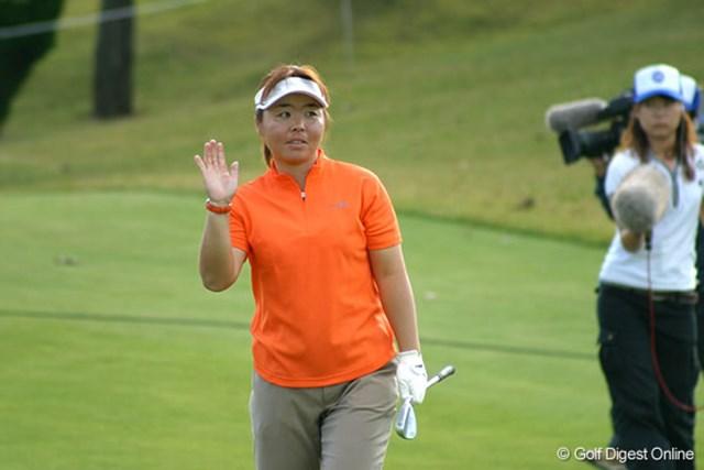2006年 伊藤園レディスゴルフトーナメント 初日 不動裕理 ブランクを感じさせない安定感を見せた不動裕理。「あと2日コツコツと行きます!」