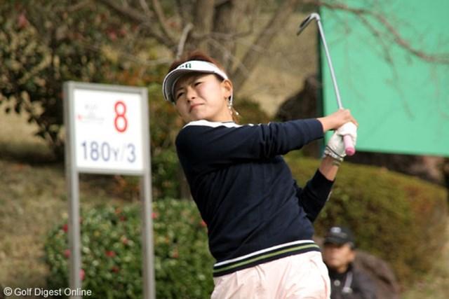 2006年 日韓女子プロゴルフ対抗戦 初日 横峯さくら 日本でも戦う全美貞を下した横峯さくら