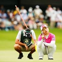 二人で首の運動 2018年 NEC軽井沢72ゴルフトーナメント 最終日 黄アルム