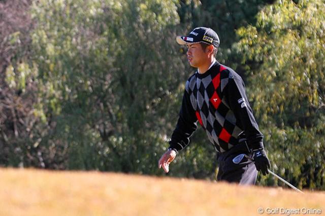 坂を登るのも辛そうな池田勇太。腰痛に耐えながら最後まで戦い抜いた