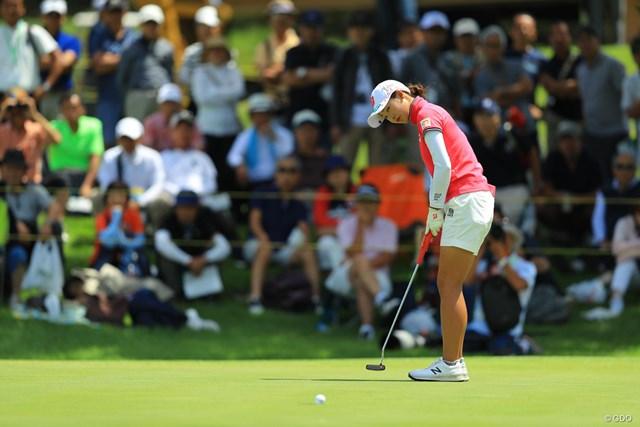 出入りの激しいゴルフに。21位タイに後退。