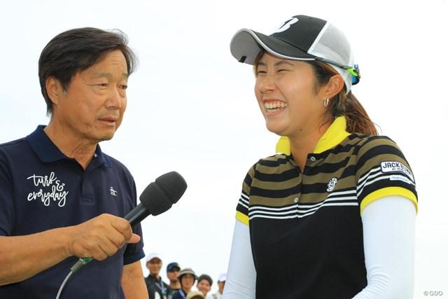 涙はなく、笑顔が初々しい優勝インタビューでしたね。