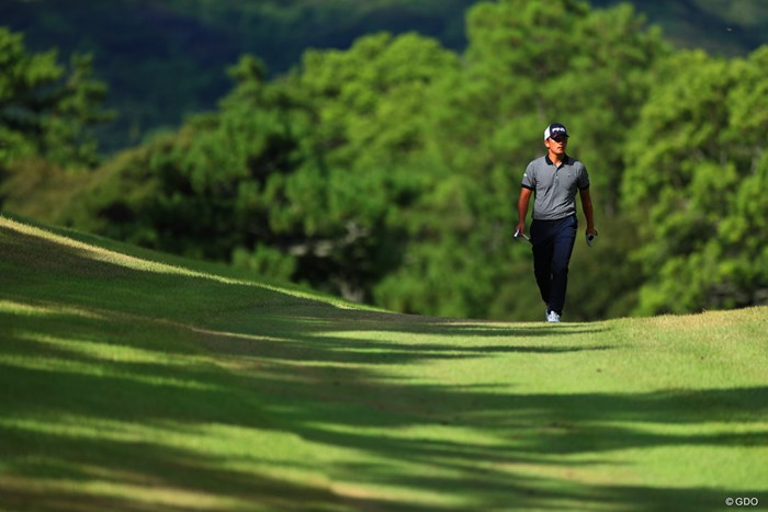打ち直しにティに戻る彼の足取りは重かった。 2018年 ニトリレディスゴルフトーナメント 初日 永野竜太郎