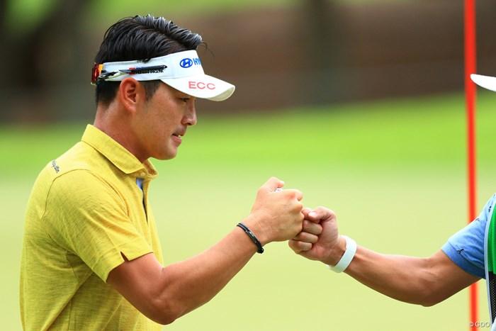 日本に住んで3年目。キム・ヒョンソンは1打差の2位でスタートした 2018年 RIZAP KBCオーガスタゴルフトーナメント 初日 キム・ヒョンソン