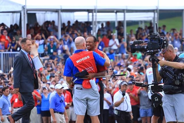 2018年 ツアー選手権byコカ・コーラ 最終日 タイガー・ウッズ タイガー・ウッズが5年ぶりの勝利を大観衆の前で挙げた