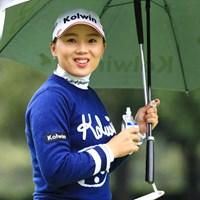 カメラ目線でニッコリ~ 2018年 日本女子オープンゴルフ選手権競技 初日 イ・ナリ