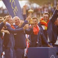 2大会ぶりの勝利を挙げた欧州選抜(Christian PetersenGetty Images) 2018年 ライダーカップ 最終日 欧州選抜