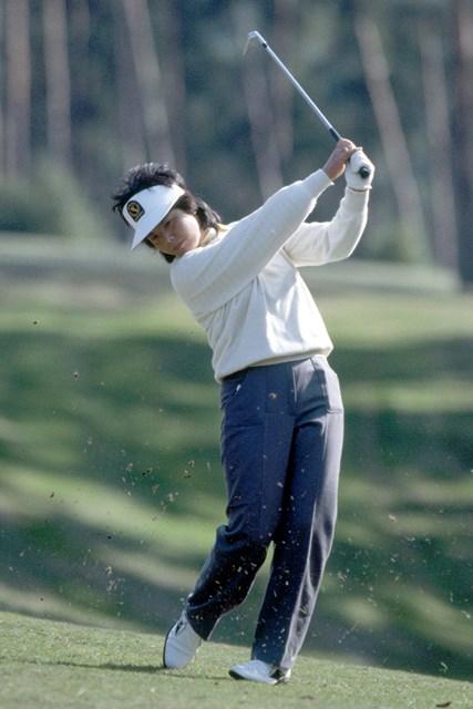 高い評価を受ける岡本綾子のスイング。優勝した1984年の「全英女子」で(Phil Sheldon/Popperfoto/Getty Images)
