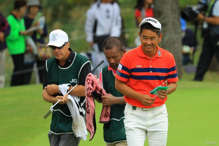 今日も笑顔の藤田さん。週末が楽しみだ! 2018年 日本オープンゴルフ選手権競技 2日目 藤田寛之