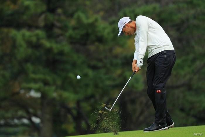 そのレインウェア、ユニクロで売ってるの?即買いしたいぐらいです。 2018年 日本オープンゴルフ選手権競技 最終日 アダム・スコット
