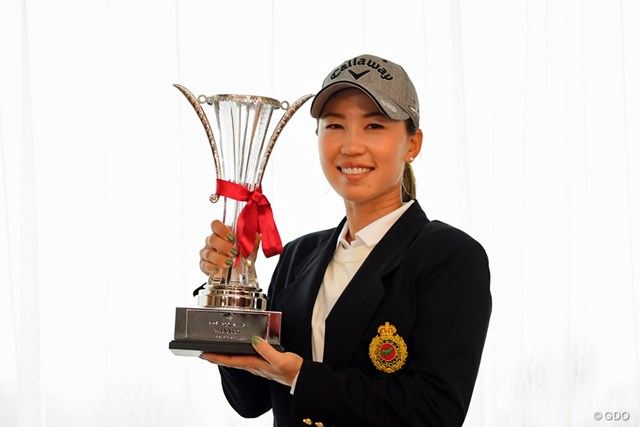 昨年は最終日が中止になり54ホール終了時点でトップの上田桃子が優勝した