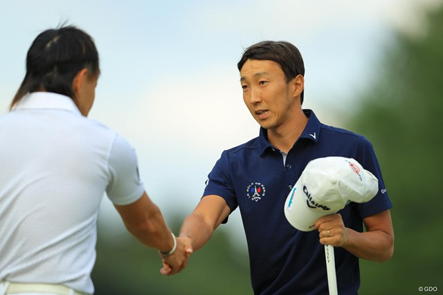 2018年 ブリヂストンオープンゴルフトーナメント 初日 重永亜斗夢 珍しく家族が応援に駆け付けた重永亜斗夢。活躍する姿を見せたい