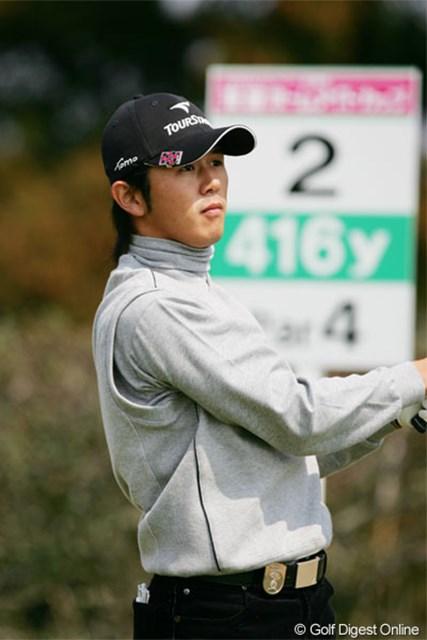 2005年 東建ホームメイトカップ 初日 近藤智弘 大会初日、首位と1打差の3位タイにつけた近藤智弘