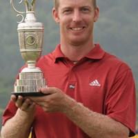 バンカーから見事なリカバリーショットを見せ初優勝を飾ったクリス・キャンベル 2005年 ~全英への道~ ミズノオープン 最終日 クリス・キャンベル