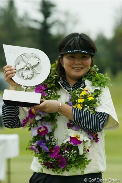 我慢のゴルフで3年ぶりの優勝を飾った藤野オリエ
