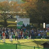 朝から練習場も多くのギャラリー 2018年 樋口久子 三菱電機レディスゴルフトーナメント 最終日 練習場