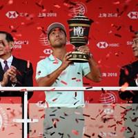 自身初のWGCタイトルを中国で決めたザンダー・シャウフェレ (Ross Kinnaird/Getty Images) 2019年 WGC HSBCチャンピオンズ 最終日 ザンダー・シャウフェレ