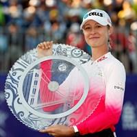 初優勝を飾ったネリー・コルダ(Kevin LeeGetty Images) 2018年 スウィンギングスカートLPGA台湾選手権 最終日 ネリー・コルダ