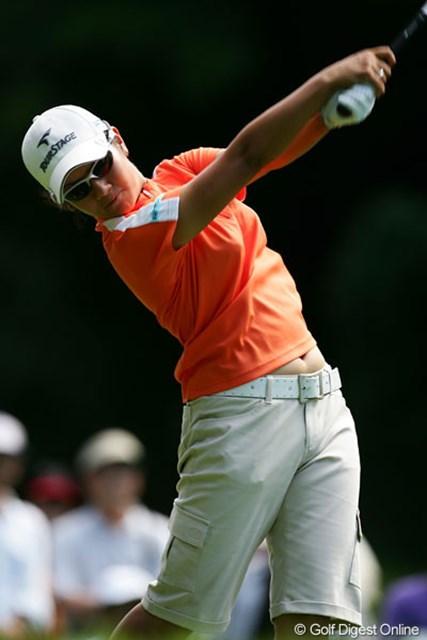 2005年 日本女子プロゴルフ選手権大会コニカミノルタ杯 初日 宮里藍 初のメジャータイトルに向けて1アンダーの6位タイと好位置につけた