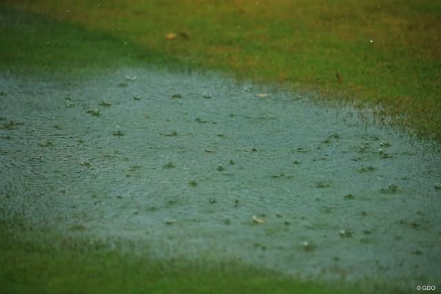 2018年 HEIWA・PGM CHAMPIONSHIP 3日目 雨 豪雨でも止めません。