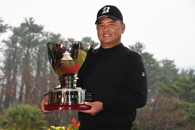 昨年は寺西明が最終戦を制した(提供:日本プロゴルフ協会)
