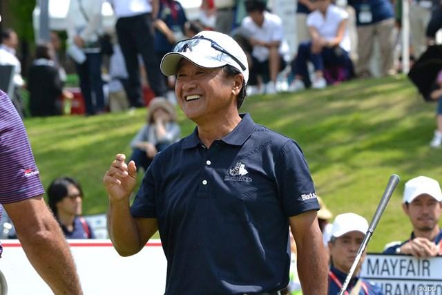 現在は日本プロゴルフ協会会長とシニア選手の二足のわらじを履く