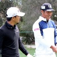 小平智(左)と谷原秀人のペアは13位で初日を終えた(提供:大会広報) 2019年 ISPSハンダ ゴルフワールドカップ 初日 小平智